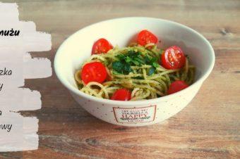 Pesto z jarmużu i orzechów laskowych